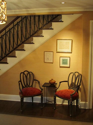 Foyer Seating